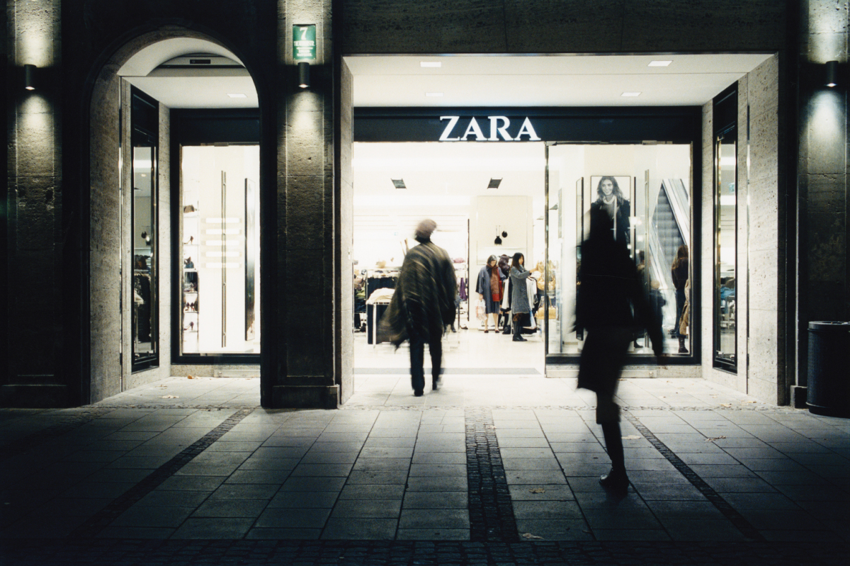 Zara Munich Branch, Theatinerstraße, Munich. Architect: José Froján & Inditex Architectural Team.