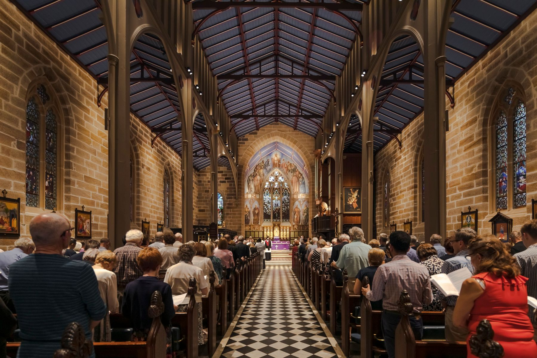 Christ Church St Laurence, Sydney. Architecture: Jean Wahl. Lighting design: Frederica Perey. Electrical engineering: Jadecross. Photography: Jackie Chan, Sydney.