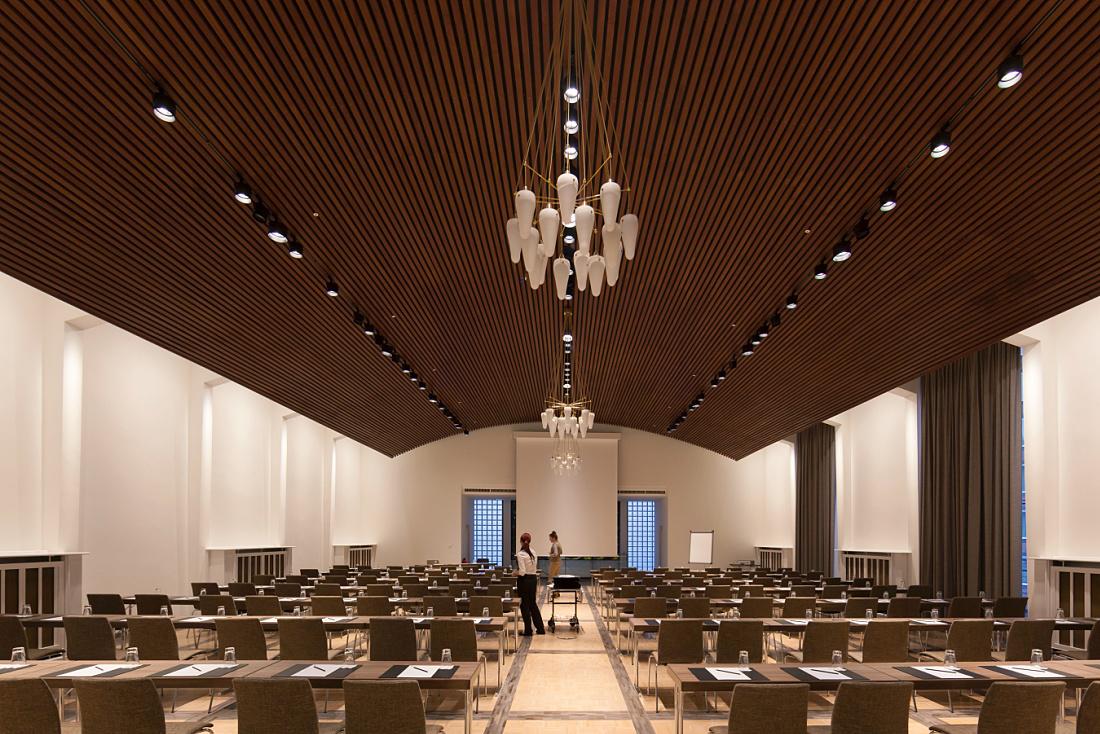 erco licht entdecken hospitality ameron hotel. Black Bedroom Furniture Sets. Home Design Ideas