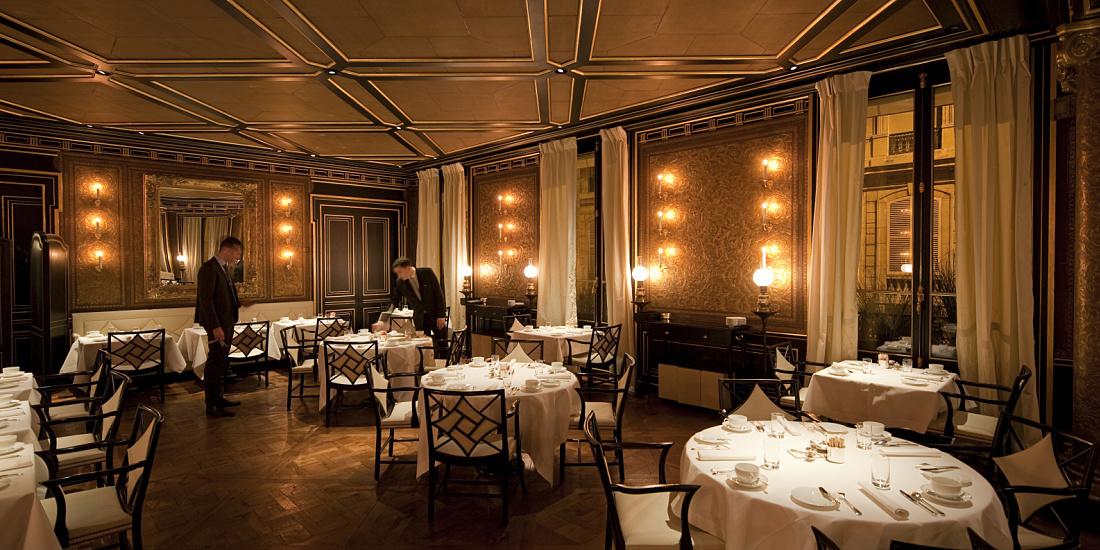projects hospitality le gabriel restaurant in the hotel la r serve paris. Black Bedroom Furniture Sets. Home Design Ideas