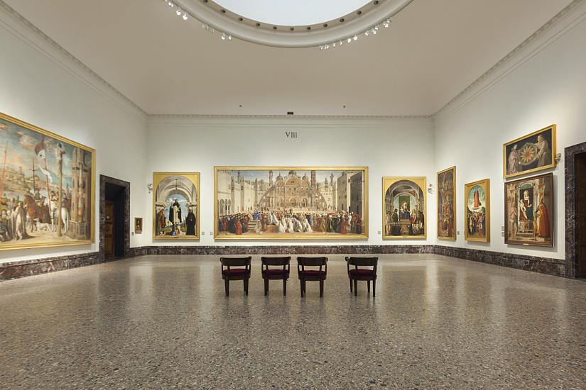 "Hall with the painting of ""Saint Mark Preaching in a Square of Alexandria in Egypt"" (1504-1507) by Gentile Bellini and Giovanni Bellini, photo: Frieder Blickle"