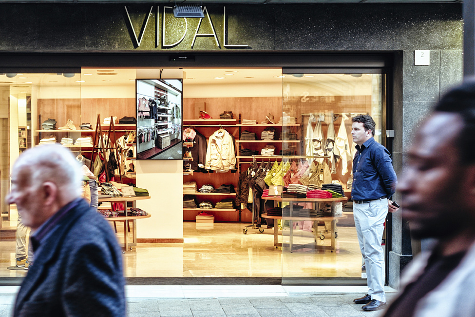 Modeboutique Vidal, Vic