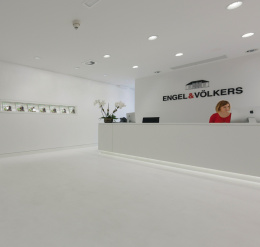 Real estate agency Engel & Völkers, Metropolitan Market Centre, Madrid