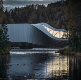 The Twist / Kistefos Museum, Norway